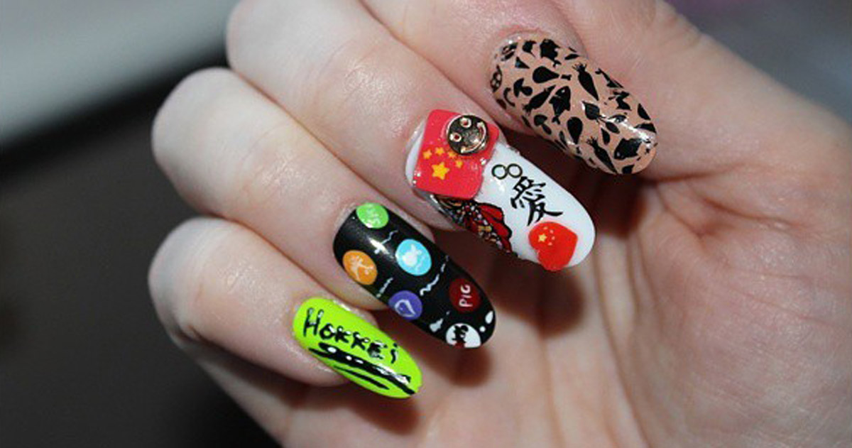 The Hokkei brand applied to nails!